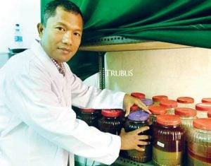 Dr. Mahani, S.P. Msi, peneliti propolis dari IPB, Bogor.