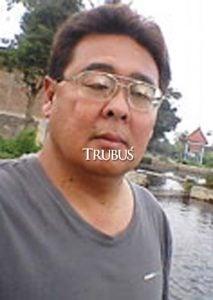 Pandu Sujatmiko kewalahan memenuhi permintaan nila.